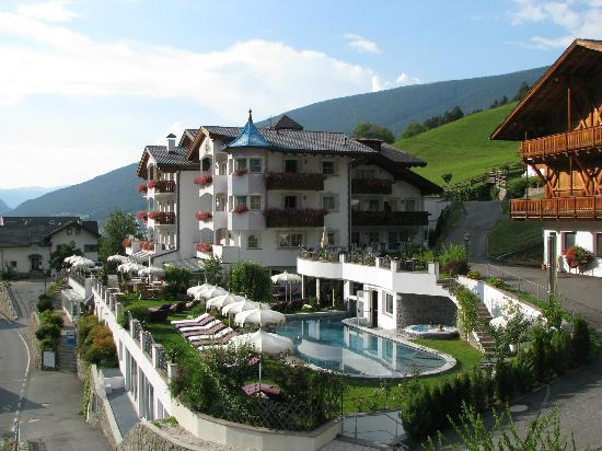 Alpin Garden Wellness Resort - Adults Only